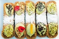 Marchese On Wheels - cannoli al pistacchio ph Roberto Finizio-0545