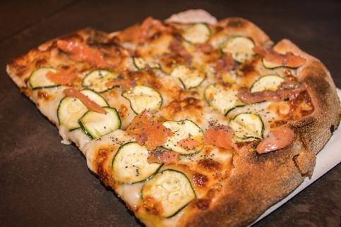 Un altra pasta - salmone e zucchine